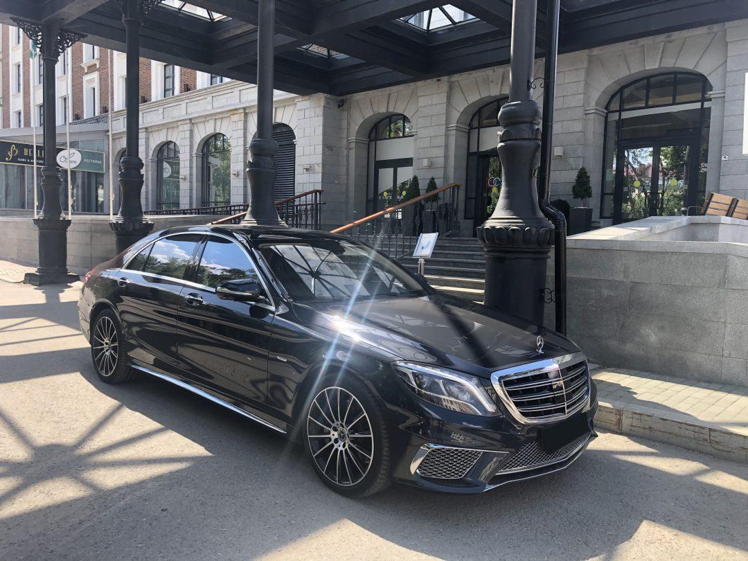 Mercedes S500 (2017 г.)  от 2000 руб/час
